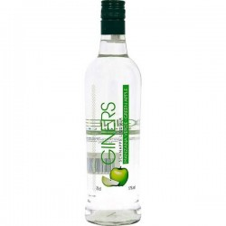 Green apple liquor Larios
